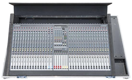Allen and Heath GL 2400 mengpaneel 550px _W3R3956