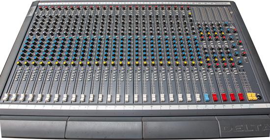 Soundcraft Delta 24 mengpaneel