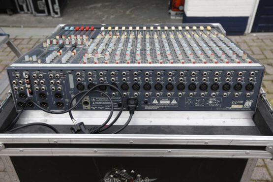 Allen-and-Heath-GL2200-168-naar-4-2_rear