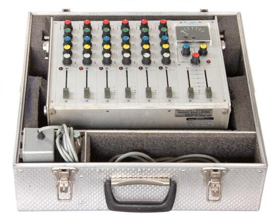 Audio Development Pico in case_W3R8520