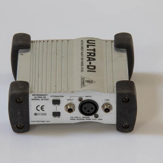 Behringer D.I.100 Ultra-DI_W3R9142