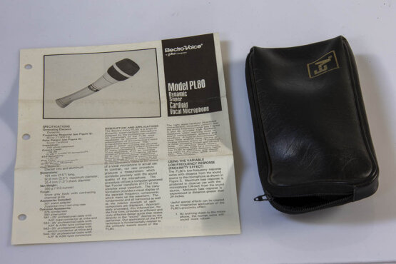 Electro Voice PL80 Dynamic Super Cardioid vocal microphone_W3R9191
