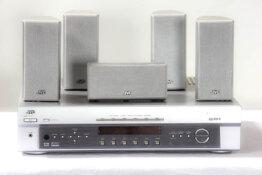 JVC RX-E112R Home cinema control center plus 5x sateliet luidspreker_W3R8782