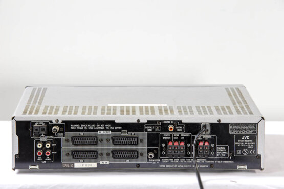 JVC RX-E112R Home cinema control center plus 5x sateliet luidspreker_W3R8783