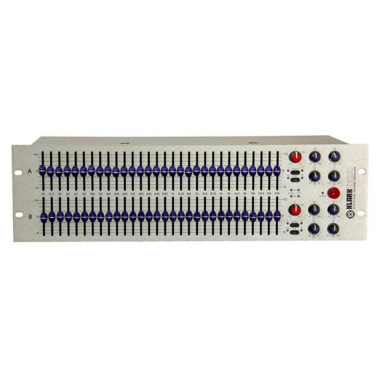Klark Teknik DN370 dual graphic equaliser_W3R9076