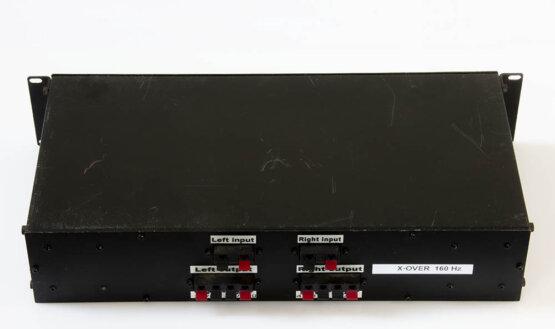 Overdevest Audio 2-weg passief x-over bij 160 Hz_W3R9178
