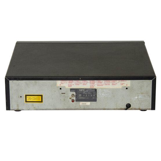Sanyo CP-M405 multiplay 4 CD player_W3R8914