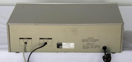 Sony TC-U30 casette deck_W3R8852
