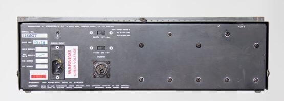 Soundtracs-power-supply-voor-MC-en-MCX-mengtafels-rear_W3R8112