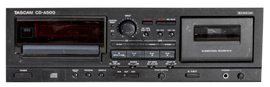 Tascam CD-A500 cd-cassette speler_W3R8406