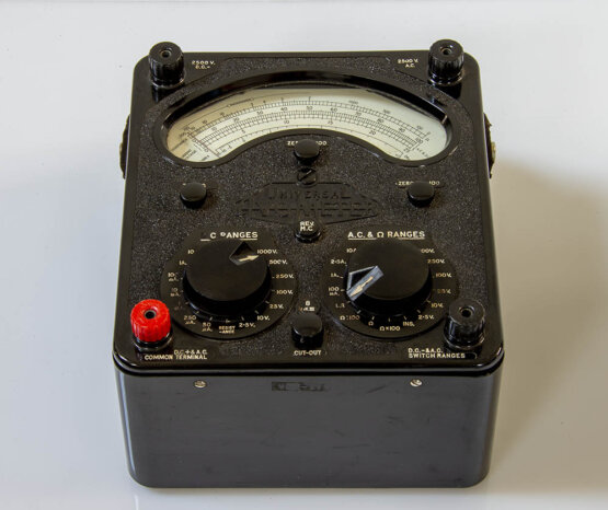 Universal AvoMeter 8 MK2_W3R9206