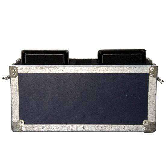 case met 2 Galaxy Hot Spot luidsprekers_W3R9012
