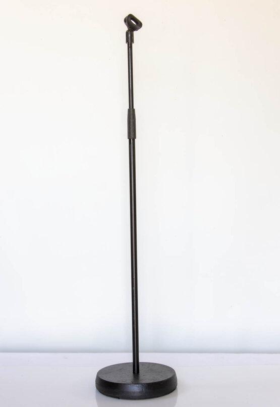 recht microfoon statief met ronde voet_W3R9225